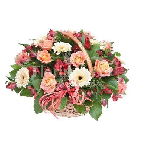 cos cu flori pentru 8 martie 2016