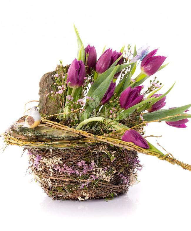 cosuri cu flori 8 martie lalele