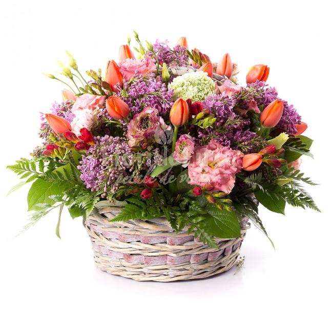 cosuri cu flori 8 martie liliac