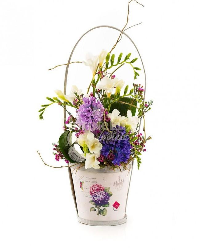 Flori 8 martie ieftine