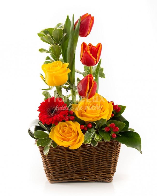 cosulete cu flori de 8 martie