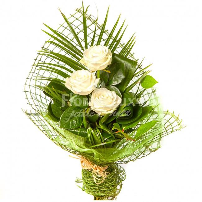 flori 8 martie - buchet 3 trandafiri albi