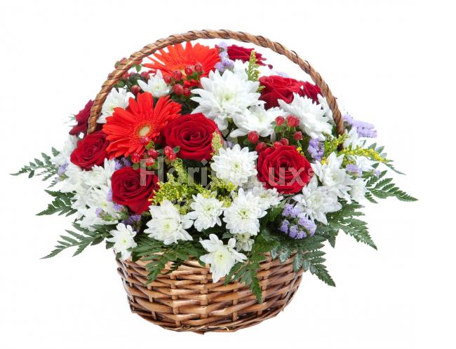 cos flori 8 martie