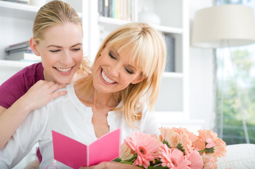 Mesaje pentru flori 8 martie, flori pentru mama de 8 martie