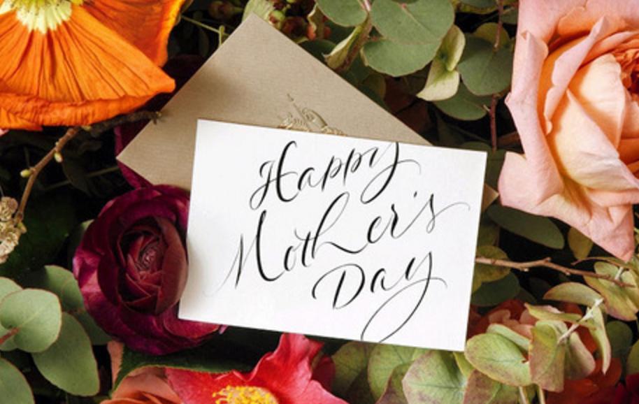 mesaje flori 8 martie