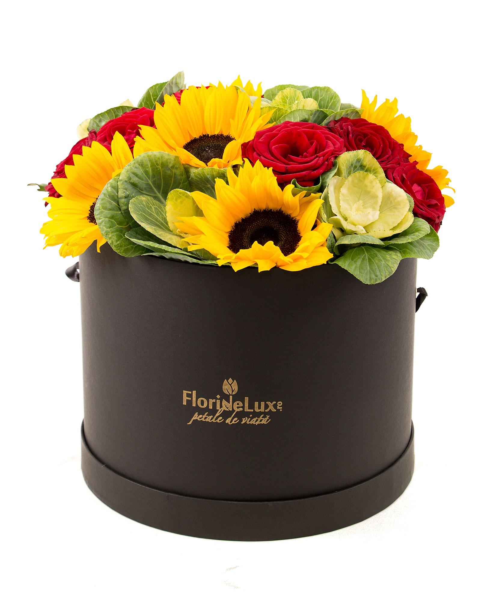 Cutii cu flori in dar
