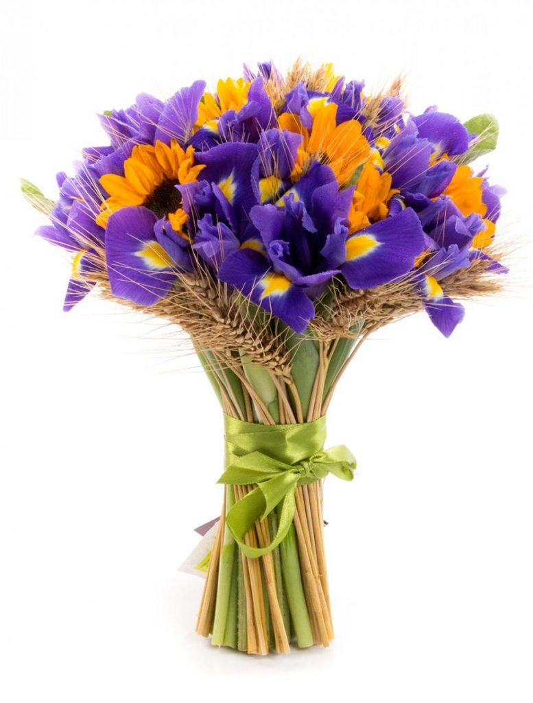 Buchet iriși, floarea-soarelui și spice de grau